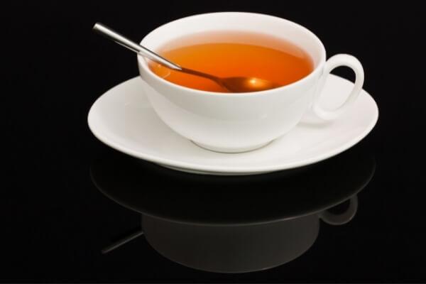 Teetasse mit Untersetzer