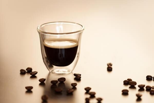 Espresso Lungo - eine von vielen Kaffeespezialitäten
